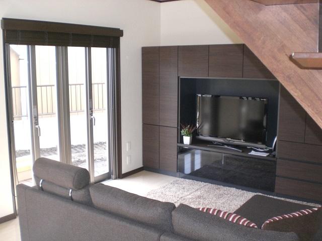 テレビと壁面収納