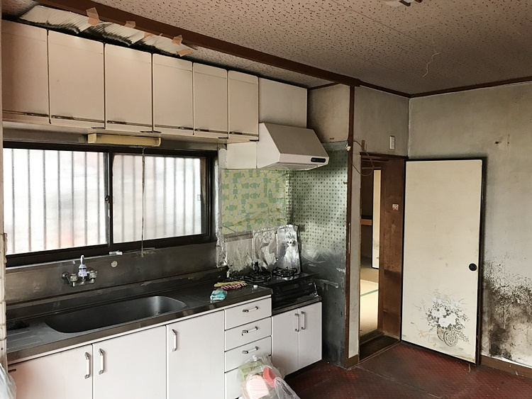 築年数の経ったキッチン